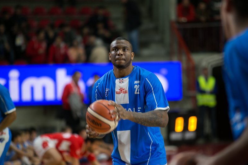 Dinamo, rinnovo per Shawn Jones